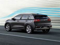 kia niro wins best hybrid in dieselcar and ecocar top 50