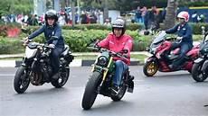 Kawasaki W175 Modif Tracker by Motor Kustom Baru Jokowi Kawasaki W175 Begini