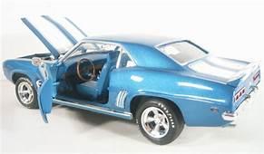 1969 Chevrolet Camaro Z28  Blue Ertl 1/18 Diecast Car