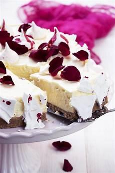 bavarese alla vaniglia massari bavarese meringata alla vaniglia e acqua di rose idee alimentari dolci dolci estivi