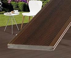 terrasse aus holz gem 252 tlichkeit im eigenen garten