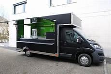 roka food truck in drei verschiedenen looks