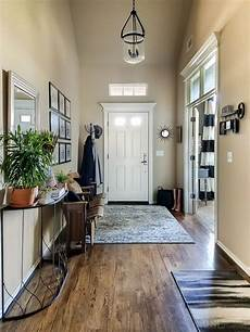 25 real mudroom and entryway decorating ideas by