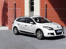 renault megane estate gt line 2011 picture 4 of 11