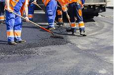 pose de goudron services commercial residential asphalt parking lot