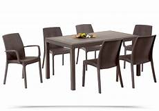 tavoli e sedie in resina per esterno tavolo rettangolare in resina 150x90 marrone con sei sedie