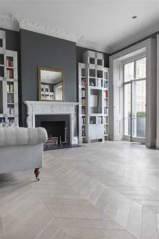 Wohnzimmer Grau Holz - a classic living room in shades of grey including ash grey