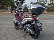 motorcycle bike motobiker piaggio beverly 350 large