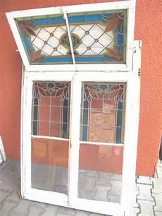 alte holzfenster kaufen altes fenster buntglas bleiverglasung nostalgie antik