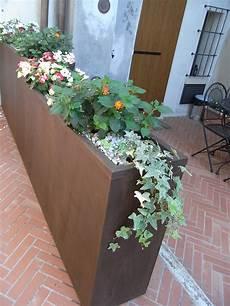 vasi in ferro fioriera in acciaio inox e ferro cor ten fferrarini rsm