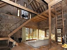 umbau scheune in wohnhaus ramona buxbaum architekten umbau und sanierung des denkmalgesch 252 tzten scheunen stallgeb 228 udes