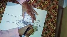 Cara Menggambar Desain Henna