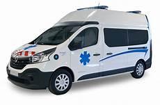achat ambulance renault trafic l2h2 am 233 nagement petit by