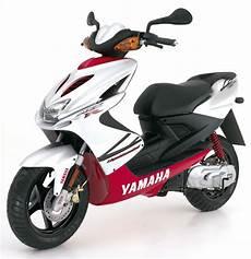 yamaha aerox 50 yamaha yamaha aerox 50 moto zombdrive