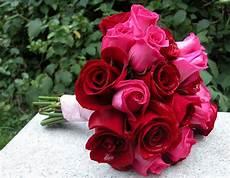 a basic rose diy wedding bouquet huffpost