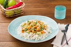 Curry Mit Kokosmilch - gelbes thai curry mit kokosmilch und basmatireis rezept