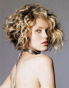 7 simple layered bob haircuts for curly hair hair