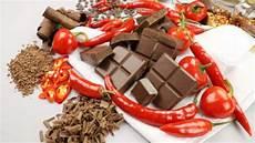cosa mangiare in caso di stitichezza emorroidi cosa mangiare corretta alimentazione in caso di