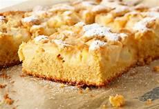 apfelkuchen blech schnell rezept der woche high protein apfelkuchen fitpedia