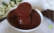 crema al cioccolato senza uova e latte crema al cioccolato senza latte uova e farina verde pistacchio
