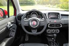 fiat 500x interieur fiat 500x crossover review pictures auto express