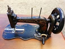 des modes les machines 224 coudre anciennes