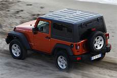 Jeep Wrangler Srt8 by Jeep Brings The 465hp Grand Srt8 To Europe
