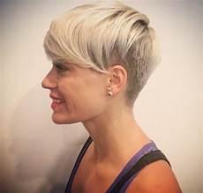 coupe courte cheveux ondulés cheveux courts meilleures coupes courtes pour cheveux
