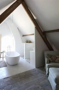 Attic Ensuite Bathroom Ideas by 38 Practical Attic Bathroom Design Ideas Digsdigs