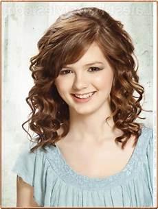 haircuts for curly hair shoulder length wavy haircut