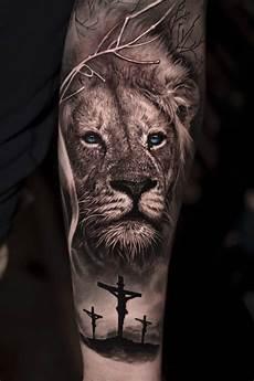 12 best lion cross tattoo designs petpress