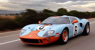 CLASSIC GARAGE Superformance GT40  Essential Style For Men
