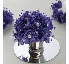bouquet de fleurs en tissu violet les couleurs du