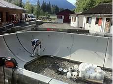 Skatepark Saanen Neuer Betonpark Im Oberland