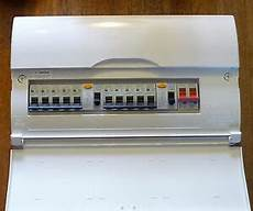 bg 17th edition 10 way consumer unit dual 63a rcd 10 mcb s ebay