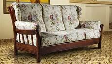 divani classici in legno divano 2 posti iowa arte povera noce divani it