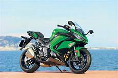 Kawasaki Z1000sx 2017 On Review Mcn