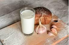 knoblauchmilch magisches hausmittel gegen