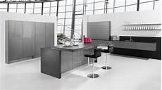 Hochglanz Küche Reinigen Mit Glasreiniger - hochglanz k 252 che vielfalt in farbe und beschichtung