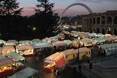 banchetti di natale i mercatini di natale a verona date 2019 e programma
