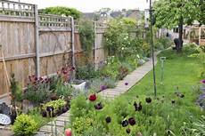 8 Steps To The Thin Garden Of Your Dreams The