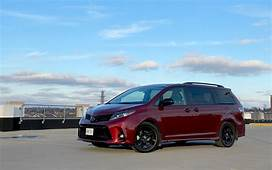 Toyota Sienna – Review Specs Pricing Features Videos