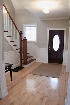 Beige Farbe Wand - updated foyer with accessible beige by sherwin williams