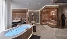 badezimmer mit whirlpool gasteiger bad kitzb 252 hel wellness sauna dfbad