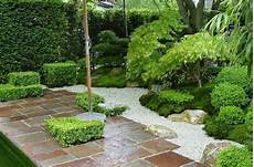 25 simple zen gardens for your utmost relaxation
