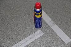 teppichkleber von holz entfernen wie doppelseitiges klebeband entfernen teppichklebeband