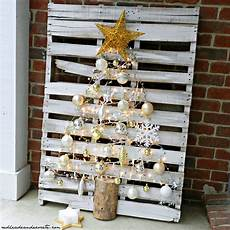 pallet tree can decorate