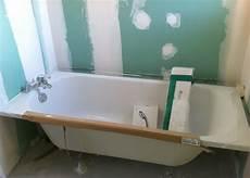 pose de baignoire plomberie g 233 n 233 rale de la maison
