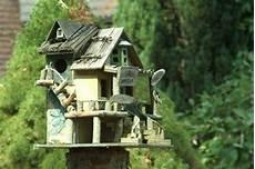 vogelfutterhaus selber bauen 57 sch 246 ne vorschl 228 ge