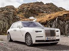 2018 Rolls Royce Phantom Review Trims Specs And Price